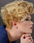 corte curto moderno – short hairstyle with curls